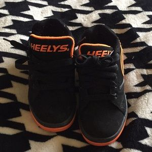 Other - Youth size 1 Heelys